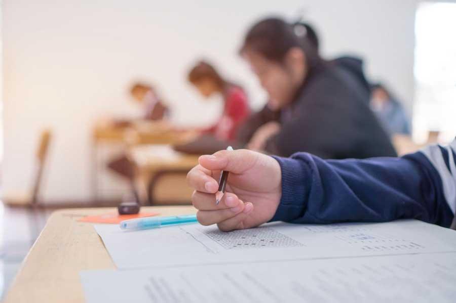 برگزاری امتحانات دانش آموزان ابتدایی در روزهای کرونا